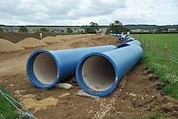 Water pipeline construction through farmland, Rutland....Copyright..John Eveson, Dinkling Green Farm, Whitewell, Clitheroe, Lancashire. BB7 3BN.01995 61280. 07973 482705.j.r.eveson@btinternet.com.www.johneveson.com