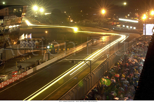 GENERAL VIEW OF LE MANS 24 HOURS 2001 0105  PHOTO : ERIC VARGIOLU /  ACTION PLUS...CIRCUIT circuits venue venues.motorsport