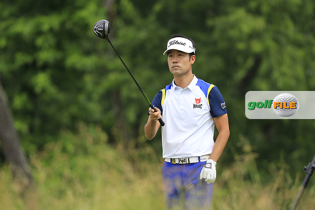 Kevin Na (USA) tees off the 4th tee during Friday's Round 1 of the 2016 U.S. Open Championship held at Oakmont Country Club, Oakmont, Pittsburgh, Pennsylvania, United States of America. 17th June 2016.<br /> Picture: Eoin Clarke | Golffile<br /> <br /> <br /> All photos usage must carry mandatory copyright credit (&copy; Golffile | Eoin Clarke)