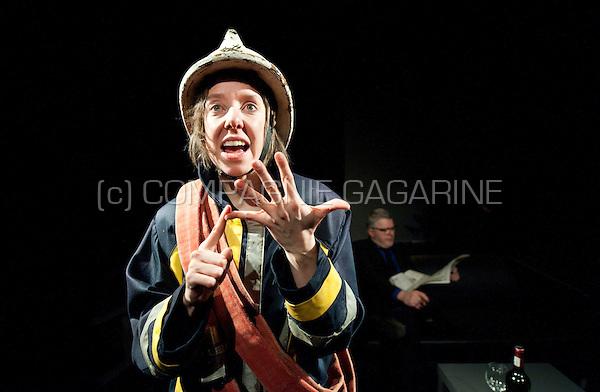 Theatre company de Reynaertghesellen playing Bal Van De Pompiers from Max Frisch, directed by Chloé Heerman (Belgium, 25/02/2016)