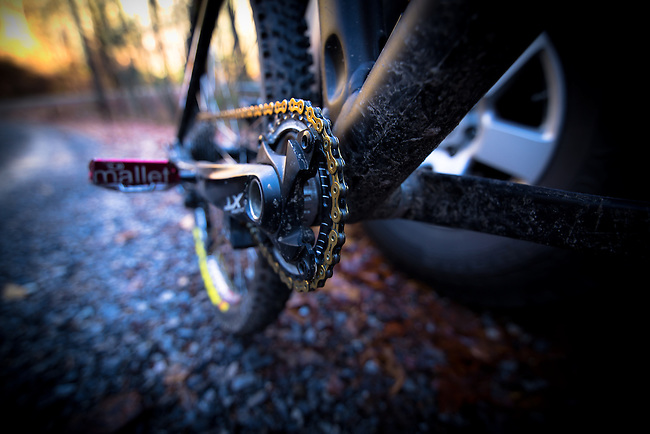 Liteville 301, Shimano XT drivetrain, Hope chainring, Crankbrother Mallet DH, KMC X10SL chain