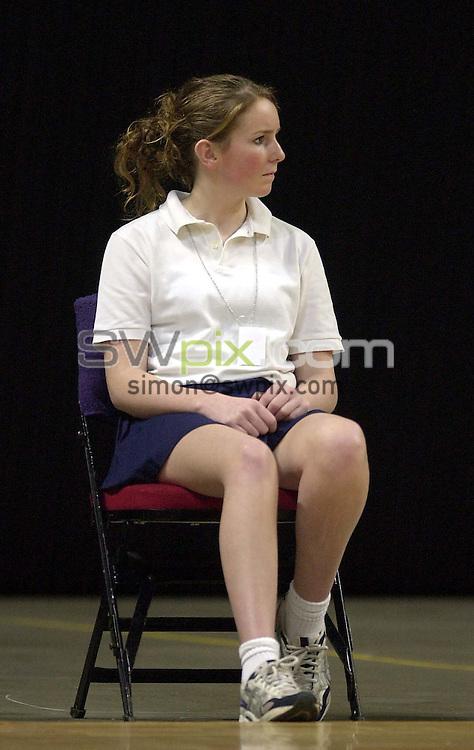 Pix: Simon Wilkinson/SWpix.com. International Netball. England v New Zealand. Test Series 2003. MEN Arena. Manchester. 24/02/03..COPYRIGHT PICTURE>>SIMON WILKINSON>>01943 436649>>..Generic, ball girl.