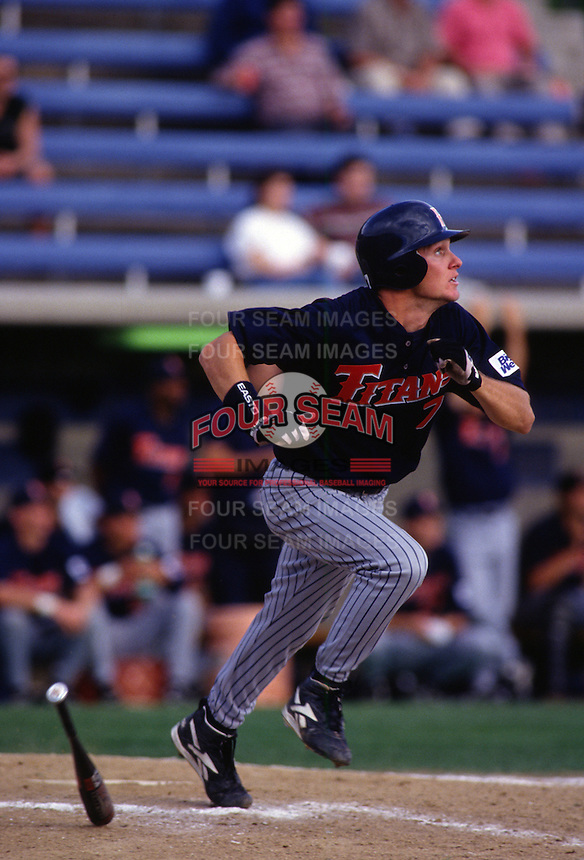 1996: Mark Kotsay of the CSUF Titans during game at Pepperdine University in Malibu,CA.  Photo by Larry Goren/Four Seam Images