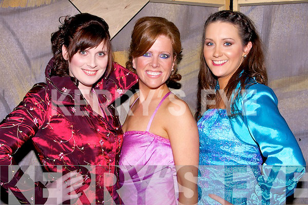 MODELS: Anna Curtin, Karen Sofhe and Laura O'Mahony who modelled some cloths at the Tralee Musical Socity Fundraising Fashion Show in the Brandon Hotel Tralee on Friday night.......................