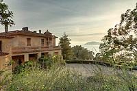 Le Domaine du Rayol:<br /> villa &quot;le Rayollet&quot; (1925), on aper&ccedil;oit le cap N&egrave;gre.