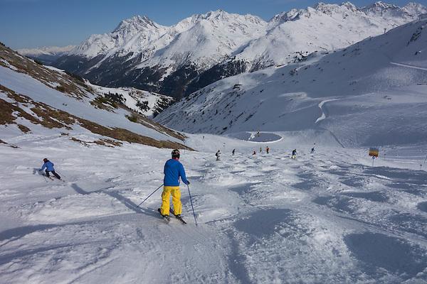Descending to Steissbachtal ski trail, St Anton Ski Area, Austria