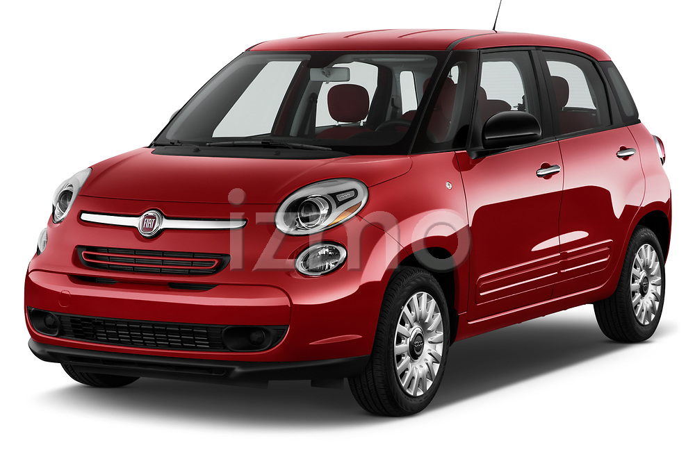 Front three quarter view of a 2014 Fiat 500L Hatchback