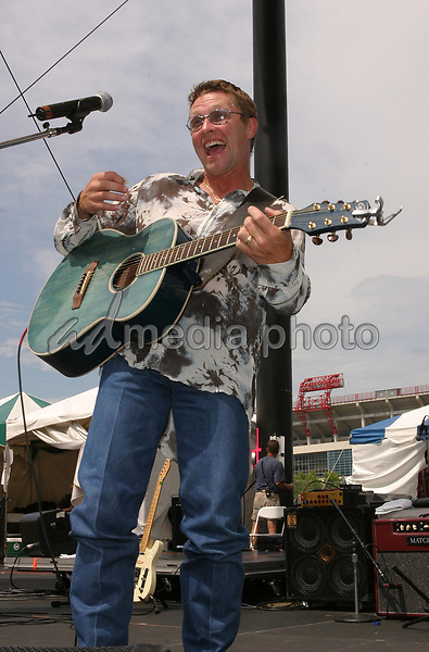June 13th, 2004:  Nashville, TN, USA: CMA Music Festival Convention RiverFront Stages Day 4.  Craig Morgan Performs.  Mandatory Photo Credit:  Ferguson/Admedia (c) Kevin Ferguson/2004