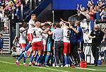 01.09.2019,  GER; 2. FBL, Hamburger SV vs Hannover 96 ,DFL REGULATIONS PROHIBIT ANY USE OF PHOTOGRAPHS AS IMAGE SEQUENCES AND/OR QUASI-VIDEO, im Bild Bakery Jatta (Hamburg #18) schiesst das 3-0 fuer Hamburg und jubelt mit der gesamten Mannschaft an der Seitenlinie Foto © nordphoto / Witke *** Local Caption ***