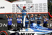 Winner Takuma Sato, Rahal Letterman Lanigan Racing Honda celebrates in Victory Lane