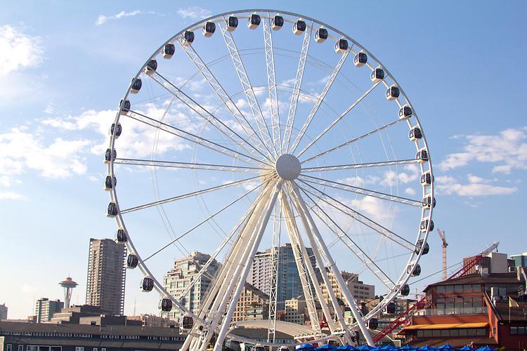 Seattle, Seattle Great Wheel, also Great Wheel, a new Ferris wheel on Pier 57, Seattle waterfront, Elliott Bay, Washington State, Pacific Northwest, United States, Puget Sound, Tourist Attraction,