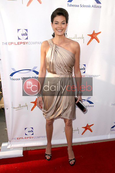Teri Hatcher<br />at the 8th Annual Comedy for A Cure, a Benefit to raise Funds and Awareness for the Tuberous Sclerosis Alliance. Boulevard3, Hollywood, CA. 04-05-09<br />Dave Edwards/DailyCeleb.com 818-249-4998