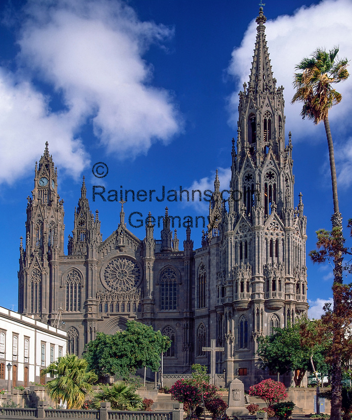 Spanien, Kanarische Inseln, Gran Canaria, Arucas: Johannis Kathedrale | Spain, Canary Island, Gran Canaria, Arucas: St. John cathedral