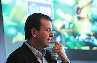 RIO DE JANEIRO, RJ, 26.03.2014 - PREFEITO APRESENTA RESULTADOS DAS METAS DO ACORDO DE RESULTADOS - O prefeito do Rio de Janeiro Eduardo Paes apresenta para os membros do conselho da cidade o resultado das metas de 2013 do acordo de resultados. São, 43 órgãos, 222 metas, e 83% dos servidores da prefeitura participando. Os servidores dos órgãos que baterem a meta poderão receber até dois salários extras. O valor total chega a R$ 250 milhões. No Palacio da Cidade na regiao central do Rio de Janeiro, nesta quarta-feira, 25. (Foto: Levy Ribeiro / Brazil Photo Press)