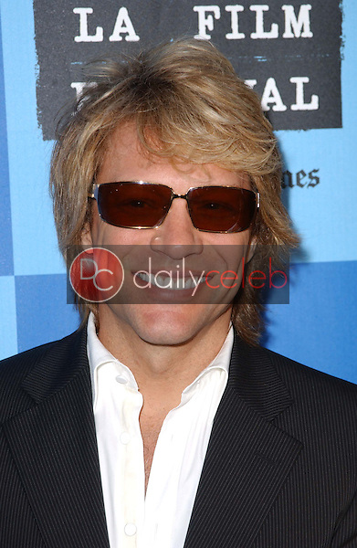 Jon Bon Jovi<br />at a Special Outdoor Screening of &quot;An Inconvenient Truth&quot;. Grand Performances, Los Angeles, CA. 06-24-06<br />Dave Edwards/DailyCeleb.com 818-249-4998