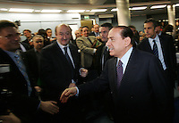 Il leader del Popolo della Liberta' Silvio Berlusconi arriva all'incontro organizzato dalla Confartigianato a Roma, 27 marzo 2008..Leader of the People of Freedom center-right coalition Silvio Berlusconi arrives for an electoral meeting organized by Confartigianato handicrafts organization in Rome, 27 march 2008..UPDATE IMAGES PRESS/Riccardo De Luca