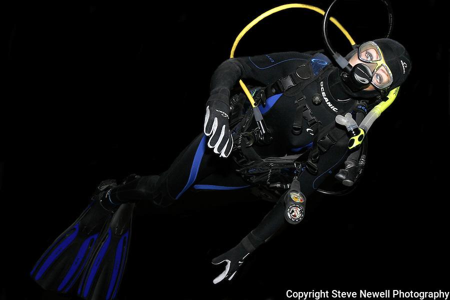 Monterey Bay Aquarium haha a fake Scuba Diver