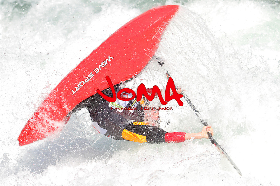 11.07.2014 Sort, Spain. ICF Freestyle World Cup, junior K1, Picture show Hunter Katich (USA)  in acton during semi-finals