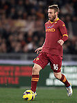 Calcio, Serie A: Roma vs Milan. Roma, stadio Olimpico, 22 dicembre 2012..AS Roma midfielder Daniele De Rossi in action during the Italian Serie A football match between AS Roma and AC Milan at Rome's Olympic stadium, 22 December 2012.UPDATE IMAGES PRESS/Riccardo De Luca