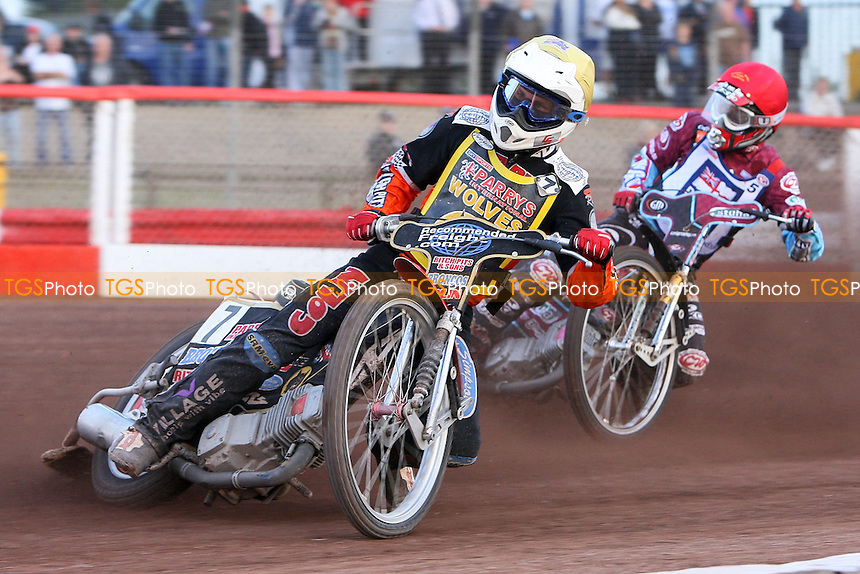 Heat 4: Ty Proctor (yellow) and Joonas Kylmakorpi - Sky Sports Elite League Speedway at Arena Essex Raceway, Purfleet, Essex - 24/06/09- MANDATORY CREDIT: Gavin Ellis/TGSPHOTO - Self billing applies where appropriate - 0845 094 6026 - contact@tgsphoto.co.uk - NO UNPAID USE.