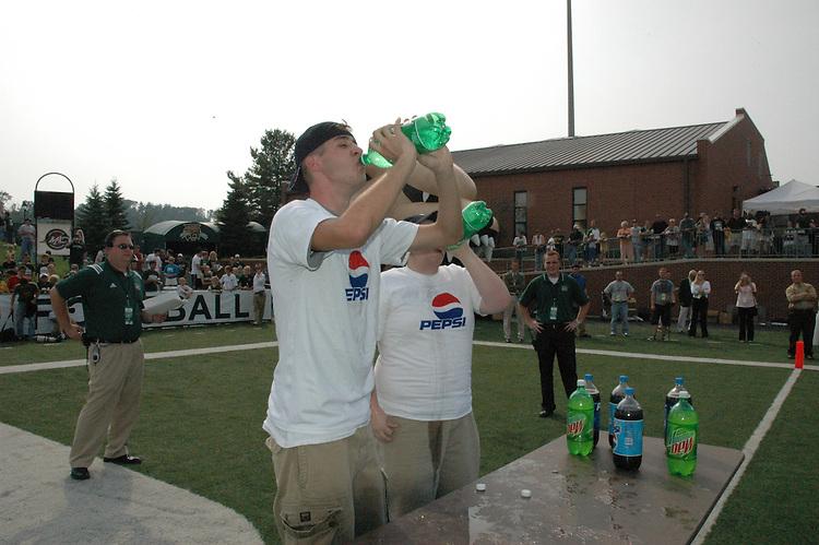 17126Football Vs. Kent State 9/24/05: Photos by Mykal McEldowney..Pepsi Challenge - Andy Holmes winner