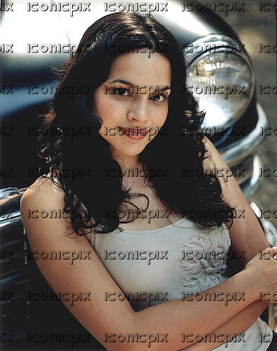 NORAH JONES - daughter of sitar player Ravi Shankar and Sue JOnes - photographed in 2002.  Photo credit: GEMA Images/IconicPix