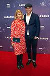 Premiere musical  David Bowie's Lazarus in DeLaMar, Amsterdam.<br /> <br /> Op de foto:   Anne-Marie Jung en partner Burt Rutteman