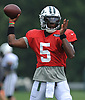 Teddy Bridgewater #5 of the New York Jets throws a pass during Training Camp at the Atlantic Health Jets Training Center in Florham Park, NJ on Tuesday, Aug. 7, 2018.