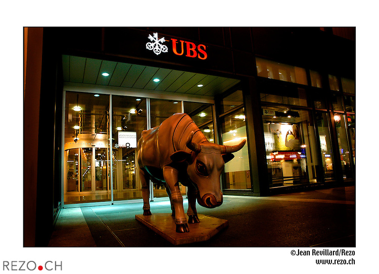 JR04337 / Illustration Banque..UBS..Geneve octobre 2005..