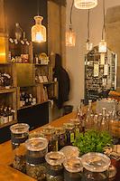 Europe, France, Ile de France, 75002, Paris: Restaurant , Bagnard (pan bagnat, concept de Yoni Saada) , 7, rue Saint-Augustin