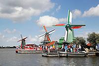 Nederland  Zaanse Schans  2016. Molens aan de Zaan.  Foto Berlinda van Dam / Hollandse Hoogte