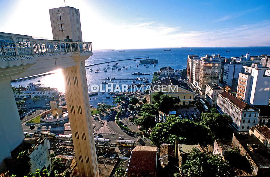 Mercado Modelo e Elevador Lacerda em Salvador. Bahia. 2001. Foto de Thais Falcão.