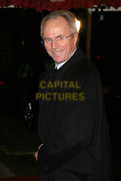 SVEN GORAN ERIKSSON.An Audience With The England Rugby Team, LWT Studios.15 December 2003.www.capitalpictures.com.sales@capitalpictures.com.© Capital Pictures.