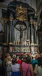 Czarny Krucyfiks królowej Jadwigi, katedra wawelska, Kraków, Polska<br /> Black crucifix of Queen Jadwiga in Wawel Cathedral, Cracow, Poland