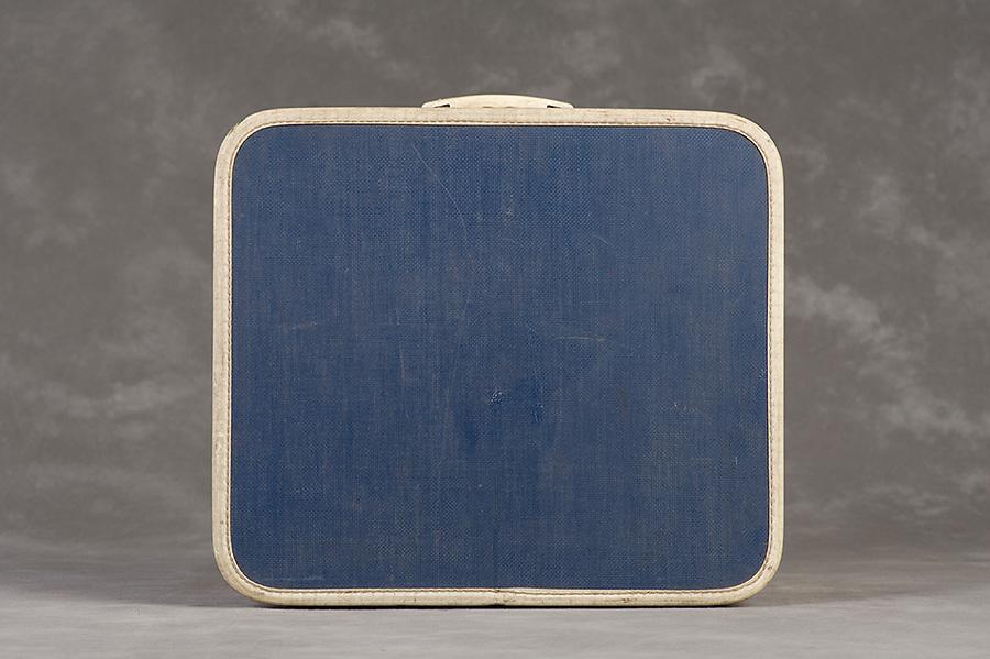 Willard Suitcases / Sarah D / ©2014 Jon Crispin