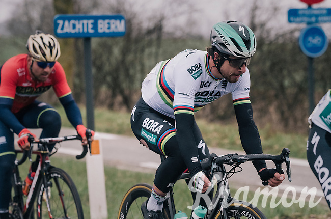 World Champion Peter Sagan (SVK/Bora-Hansgrohe) was a victim of the huge crash earlier in the race (check his teared bib-shorts) and never really got up front again after that<br /> <br /> 61th E3 Harelbeke (1.UWT)<br /> Harelbeke - Harelbeke (206km)