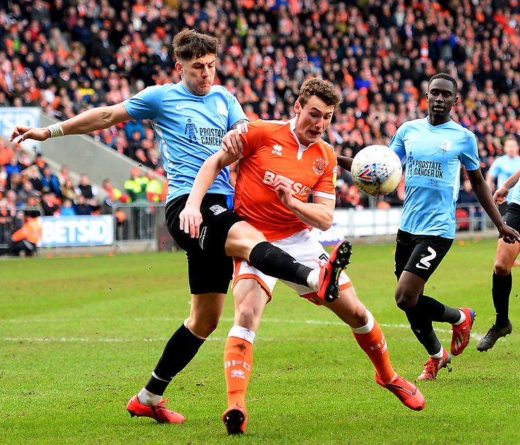 Blackpool's Matthew Virtue-Thick competes with Southend United's Rob Kiernan<br /> <br /> Photographer Richard Martin-Roberts/CameraSport<br /> <br /> The EFL Sky Bet League One - Blackpool v Southend United - Saturday 9th March 2019 - Bloomfield Road - Blackpool<br /> <br /> World Copyright © 2019 CameraSport. All rights reserved. 43 Linden Ave. Countesthorpe. Leicester. England. LE8 5PG - Tel: +44 (0) 116 277 4147 - admin@camerasport.com - www.camerasport.com