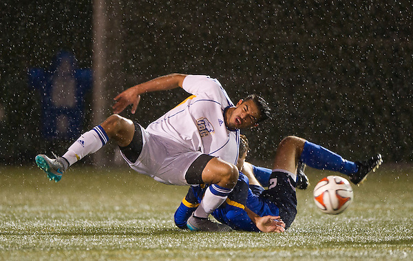 VANCOUVER,BC:OCTOBER 6, 2016 -- UBC Thunderbirds University of Victoria Vikes during CIS Canada West soccer action at UBC in Vancouver, BC, October, 6, 2016. (Rich Lam/UBC Athletics Photo) <br /> <br /> ***MANDATORY CREDIT***
