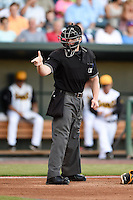Umpire Garrett Patterson makes a call during game three of the Southern League Championship Series between the Chattanooga Lookouts and Jacksonville Suns on September 12, 2014 at Bragan Field in Jacksonville, Florida.  Jacksonville defeated Chattanooga 6-1 to sweep three games to none.  (Mike Janes/Four Seam Images)