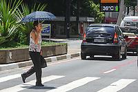 SÃO PAULO, SP - 03.02.2014 - Alta temperatura na tarde de hoje na Av Paulista.(Foto: Adriano Lima / Brazil Photo Press)