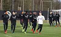 Gute Laune beim Warmlaufen zum Abschlusstraining - 20.02.2019: Eintracht Frankfurt Training, UEFA Europa League, Commerzbank Arena, DISCLAIMER: DFL regulations prohibit any use of photographs as image sequences and/or quasi-video.