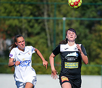 20190921 – LEUVEN, BELGIUM : OHL's Zoe Dejarden (left) E. Aalst's Annelies van Loock (rightI are pictured during a women soccer game between  Oud Heverlee Leuven Ladies B and Eendracht Aalst Ladies on the fourth matchday of the Belgian Division 1 season 2019-2020, the Belgian women's football  national division 1, Saturday 21th September 2019 at the Bruinveld Youth Complex, Domeinstraat in Leuven , Belgium. PHOTO SPORTPIX.BE | SEVIL OKTEM