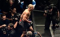 RIO DE JANEIRO, RJ, 03.06.2017 – UFC-RJ – Lutadores José Aldo - BRA (vermelho) vs Max Holloway - HI (azul) Peso Pena durante o UFC 212 na Arena Jeunesse, na zona oeste da cidade do Rio de Janeiro, na noite deste sábado (03).  (Foto: Jayson Braga / Brazil Photo Press)