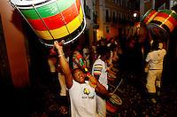 SALVADOR, BA, 10.09.2014 - OLODUM-BA - Imagem de arquivo de Músicos da Banda Olodum fazem apresentação no Pelourinho em Salvador (BA). (Foto: Joá Souza / Brazil Photo Press).