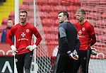 Simon Moore, goalkeeping coach Darren Ward and Aaron Ramsdale of Sheffield Utd during the English League One match at Bramall Lane Stadium, Sheffield. Picture date: December 31st, 2016. Pic Simon Bellis/Sportimage