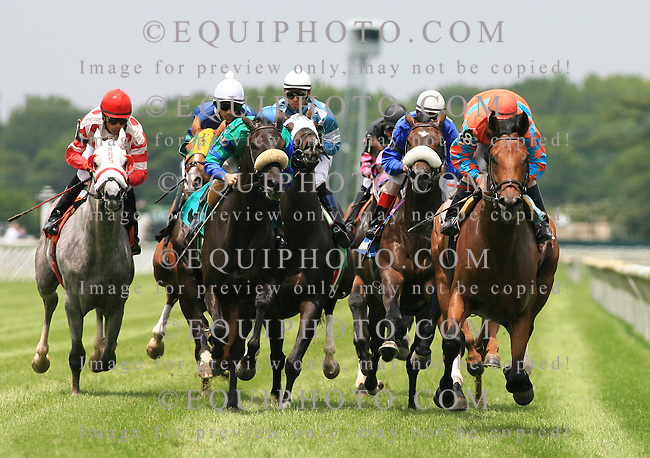 Racing Action at Monmouth Park Racetrack in Oceanport, N.J..  Photo By Bill Denver/EQUI-PHOTO..