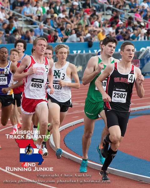 Thomas Pollard leads the boys 1600-meter race at the 2015 Kansas Relays.