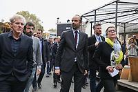EDOUARD PHILIPPE (PREMIER MINISTRE), CARINE PETIT (MAIRE DU 14EME ARRONDISSEMENT DE PARIS) - VISITE LE SITE DES GRANDS VOISINS POUR LANCER LE PLAN DE DEVELOPPEMENT POUR LA VIE ASSOCIATIVE, PARIS, FRANCE, LE 09/11/2017.