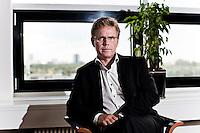 Peder Tuborgh (f&oslash;dt 22. april 1963 i Skanderborg) er en dansk erhvervsleder, der siden 2005 har v&aelig;ret administrerende direkt&oslash;r for Arla Foods.<br /> <br /> Peder Tuborgh er s&oslash;n af profesor Mogens N. Pedersen og er opvokset i Rynkeby. Efter at have taget sin studentereksamen ved Mulernes Legatskole i 1982 blev han i 1987 cand.merc. ved Odense Universitet. Han blev samme &aring;r produktchef for MD Foods i Tyskland og i 1990 marketingchef for MD Foods i Saudi-Arabien. I 1994 vendte han hjem til Danmark og blev marketingdirekt&oslash;r for Arla Foods i Danmark indtil han i 2000 blev divisionsdirket&oslash;r for Division Danmark i Arla Foods. I 2002 blev han koncerndirekt&oslash;r med ansvar for bl.a. Norden og i 2005 administrerende direkt&oslash;r efter &Aring;ke Modig.<br /> <br /> Han er gift med Mette Tuborgh, der er produktgruppechef i Arla Foods. Parret er bosat i H&oslash;jbjerg.<br /> <br /> I 2007 blev han k&aring;ret som &aring;rets erhvervstaler. Han er medlem af VL-gruppe 3, n&aelig;stformand i Aarhus Universitets bestyrelse, chairman for Global Dairy Platform samt tidligere formand for regeringens F&oslash;devarev&aelig;kstteam 2012/13, siden 2014 bestyrelsesformand i Pandora A/S.<br /> Foto: Jens Panduro.