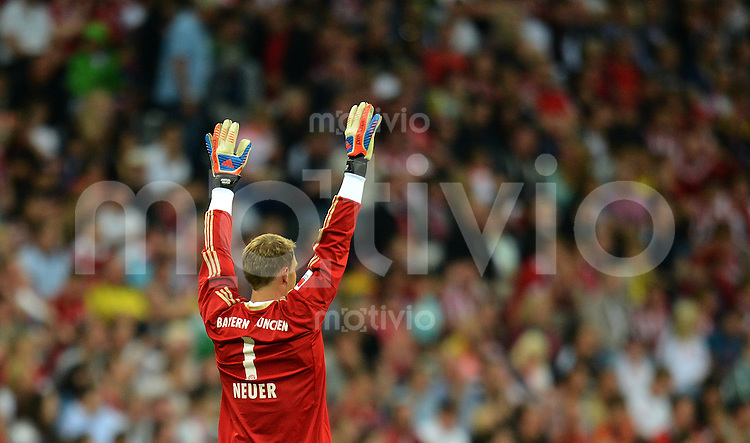 FUSSBALL   1. BUNDESLIGA   SAISON 2012/2013   SUPERCUP FC Bayern Muenchen - Borussia Dortmund            12.08.2012 Torwart Manuel Neuer (FC Bayern Muenchen)